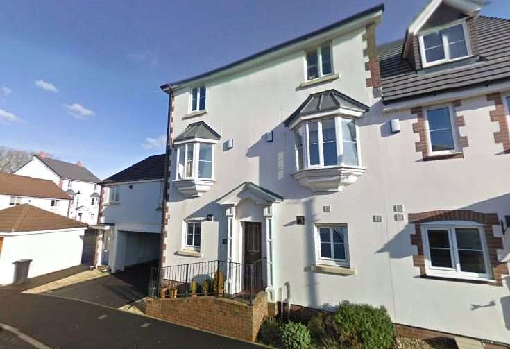 4 Bedrooms Terraced House for rent in Raleigh Mead, South Molton, Devon, EX36