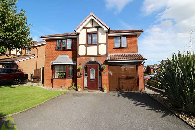 3 Bedrooms Bungalow for sale in Oakdene, Buckley Street, Wigan, WN6 7HE