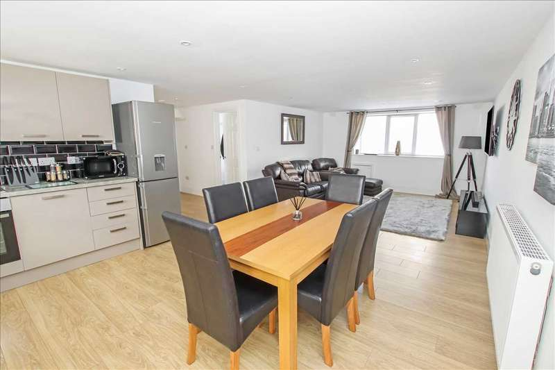 3 Bedrooms Apartment Flat for sale in Clumber House, Newark Road, Lincoln