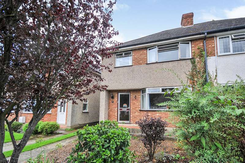 3 Bedrooms Semi Detached House for sale in Haven Close, Swanley, Kent, BR8