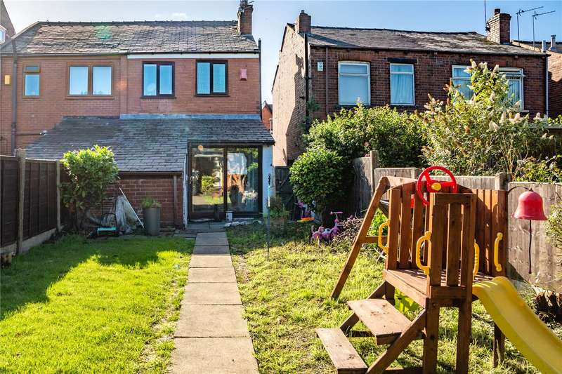 2 Bedrooms Semi Detached House for sale in Buersil Avenue, Buersil, Rochdale, Greater Manchester, OL16