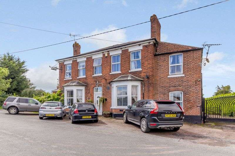9 Bedrooms Property for sale in Oakle Street, Churcham, Gloucester, GL2