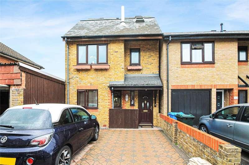 3 Bedrooms Detached House for sale in Park Road, Sittingbourne, ME10