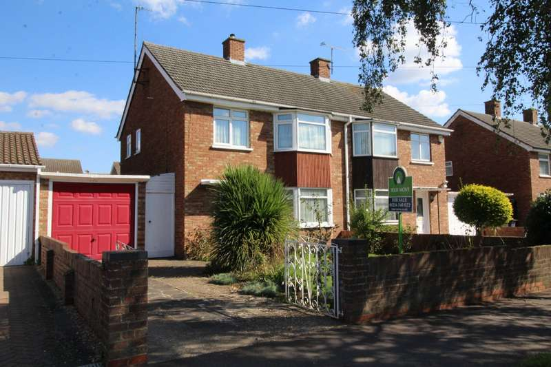 3 Bedrooms Semi Detached House for sale in Putnoe Street, Bedford, Bedfordshire, MK41