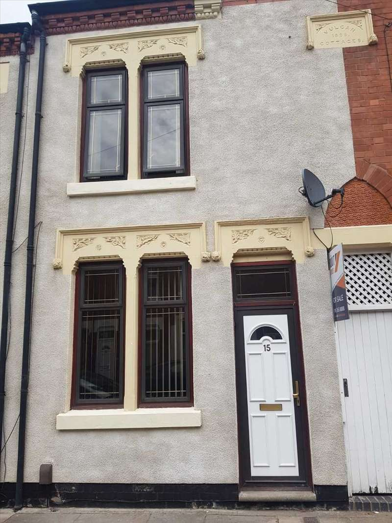 4 Bedrooms Terraced House for sale in Cooper Street, Leicester