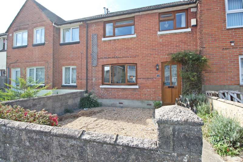 3 Bedrooms Terraced House for sale in Wodehouse Road, Itchen, Southampton, SO19 2EQ