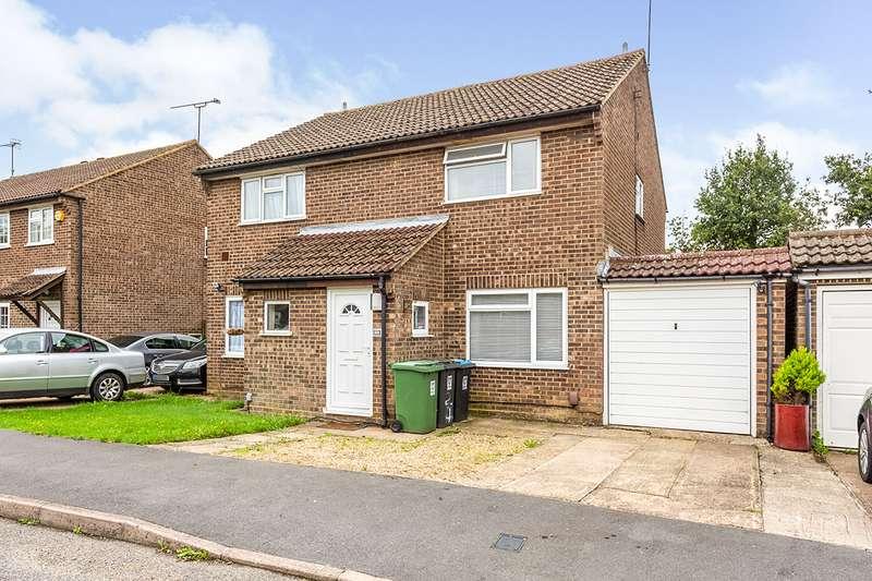 2 Bedrooms Semi Detached House for sale in Isenburg Way, Hemel Hempstead, Hertfordshire, HP2