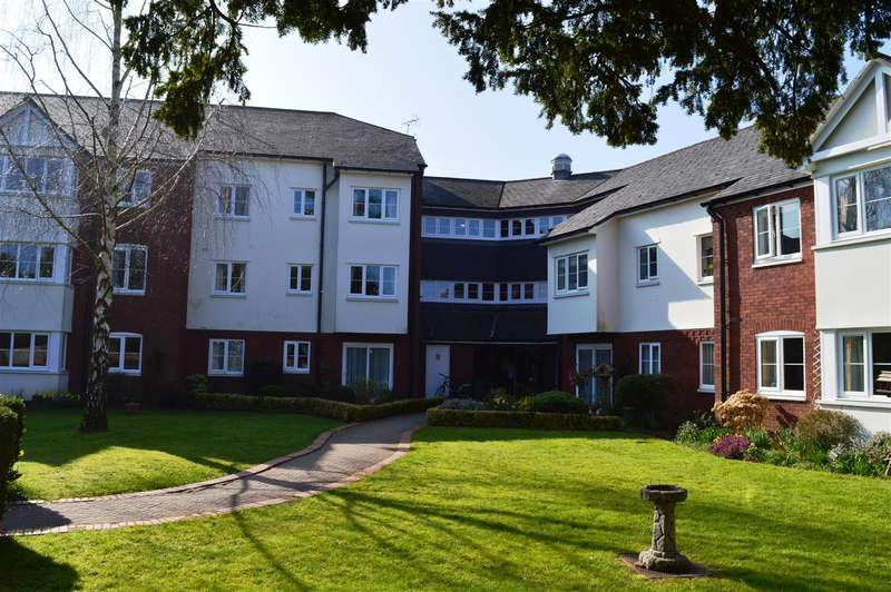 1 Bedroom Flat for sale in Townsend Court, Leominster, Herefordshire