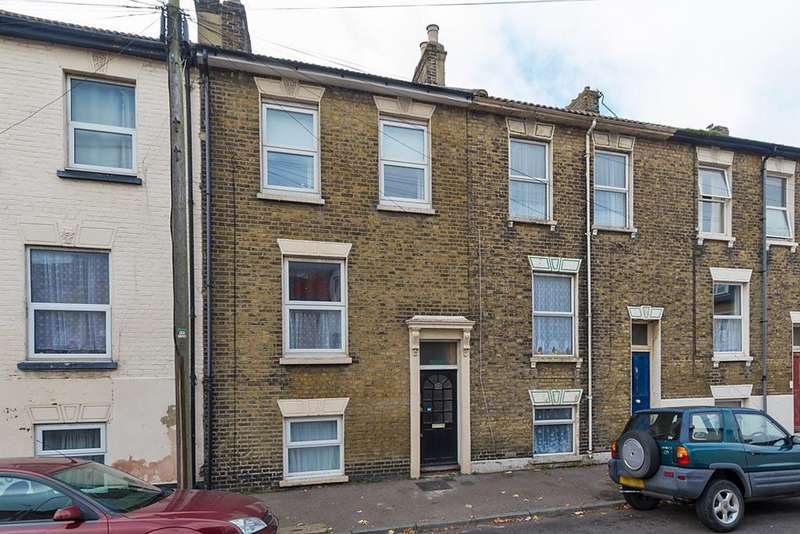 1 Bedroom Studio Flat for sale in Fonblanque Road, Sheerness