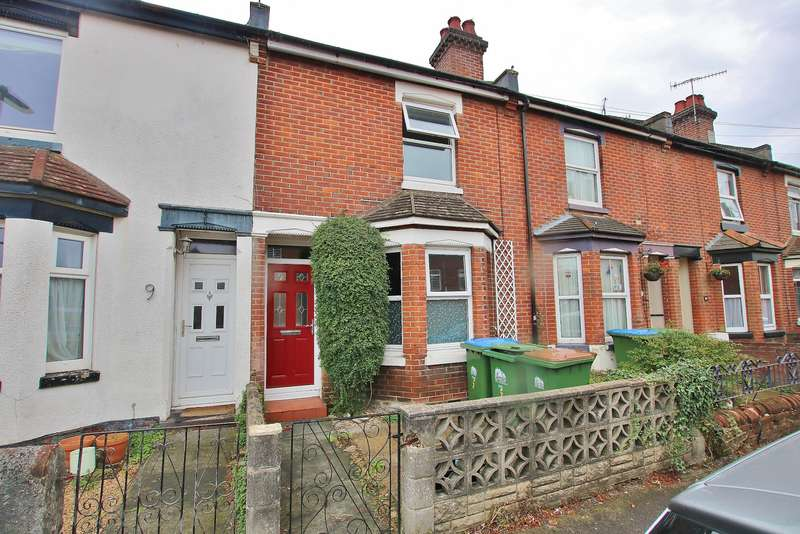 3 Bedrooms Terraced House for sale in Howards Grove, Shirley, Southampton