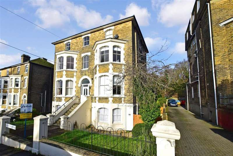 2 Bedrooms Apartment Flat for sale in Godwyne Road, , Dover, Kent
