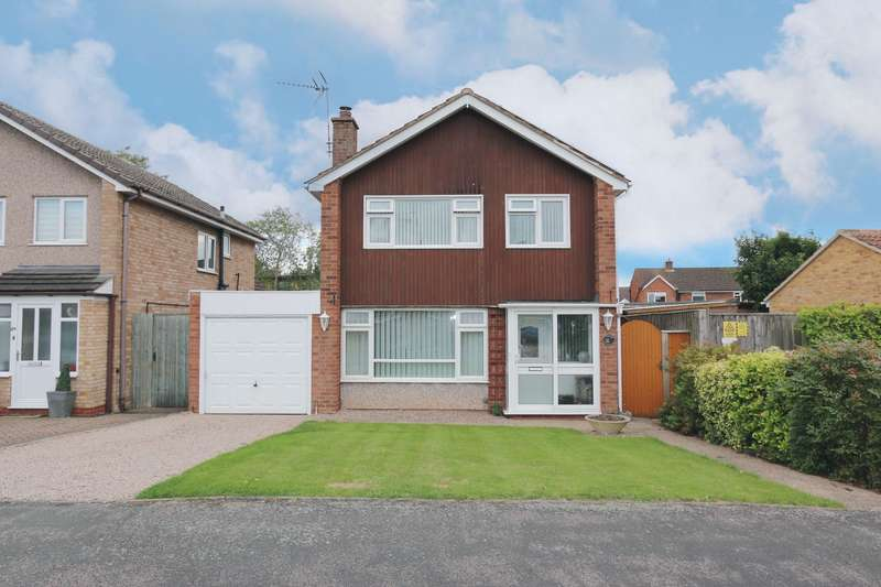 3 Bedrooms Detached House for sale in Augustus Drive, Alcester, B49