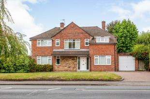 4 Bedrooms Detached House for sale in The Ridgeway, Tonbridge, Kent, .