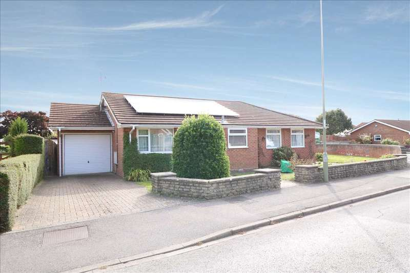 3 Bedrooms Bungalow for sale in Cyprus Road, Titchfield Common