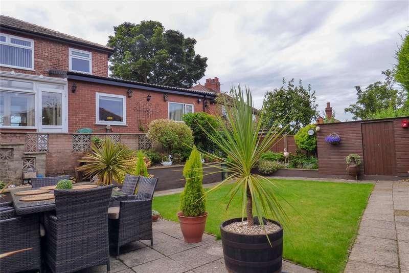 4 Bedrooms Semi Detached House for sale in Wilshaw Lane, Ashton-under-Lyne, Greater Manchester, OL7