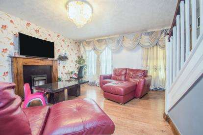 3 Bedrooms Semi Detached House for sale in Mapledon Road, Moston, Manchester, Greater Manchester