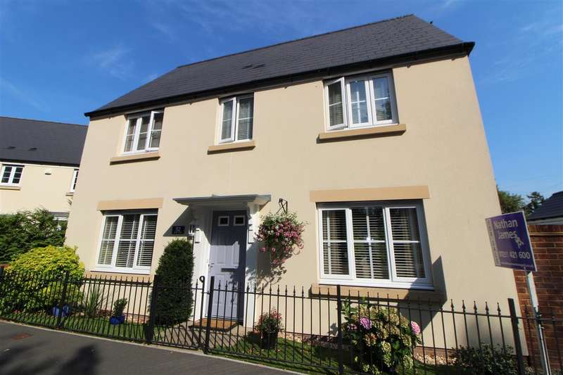 3 Bedrooms Detached House for sale in Merton Green, Caerwent