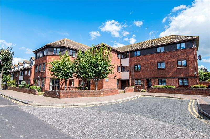 1 Bedroom Apartment Flat for sale in Martins Court, Southend-on-Sea, SS2