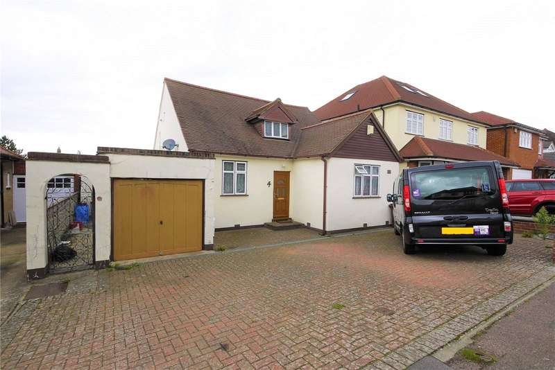 3 Bedrooms Detached Bungalow for sale in Wansford Close, Brentwood, Essex, CM14