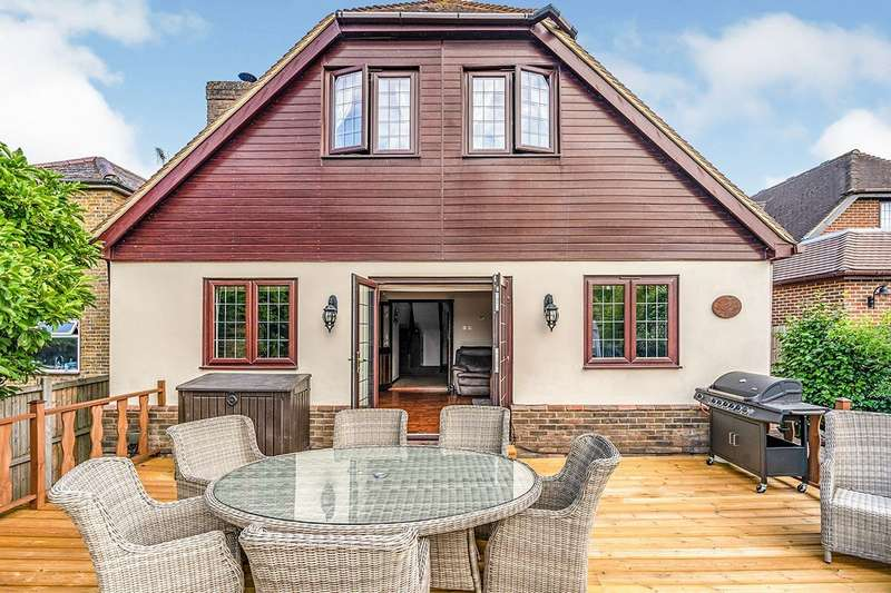 6 Bedrooms Detached House for sale in Bull Lane, Newington, Sittingbourne, ME9