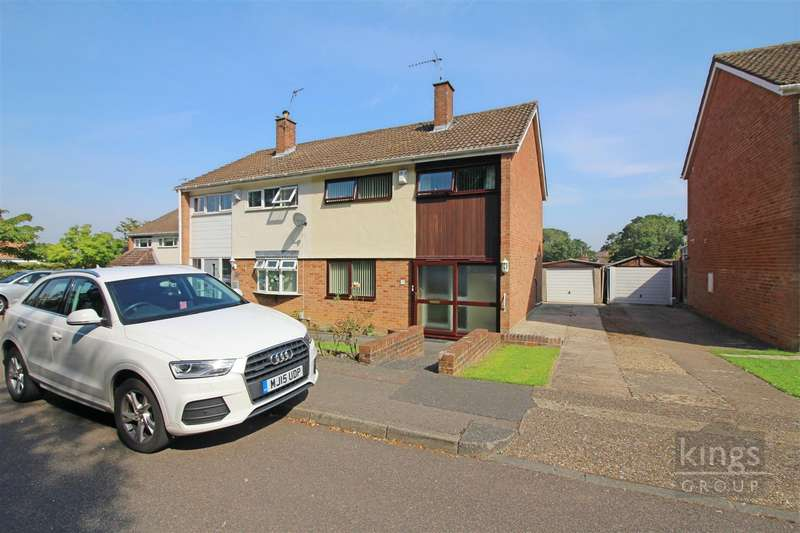 3 Bedrooms House for sale in Finchmoor, Harlow