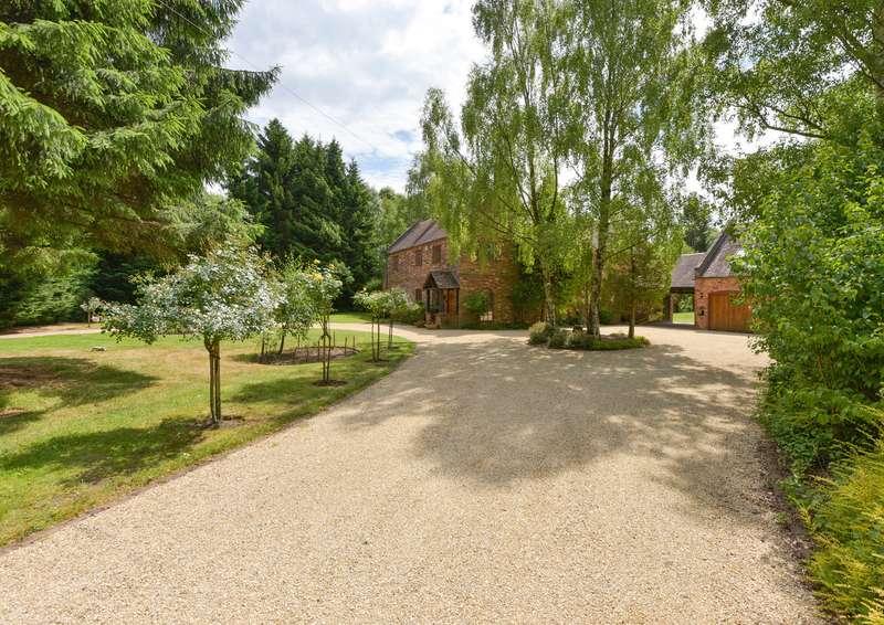4 Bedrooms Property for sale in Hall Manor Farm, Bromsgrove Road, Hagley