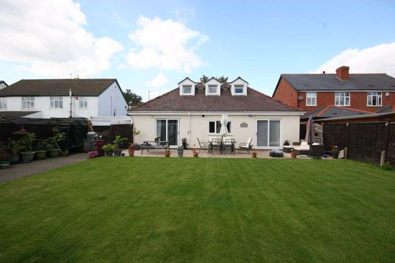 4 Bedrooms Property for sale in Cheltenham Road, Longlevens, Gloucester