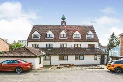 2 Bedrooms Flat for sale in Albany Road, Tivoli, Cheltenham, Gloucestershire