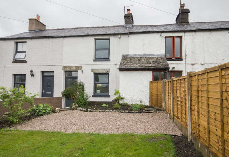 2 Bedrooms Cottage House for sale in Primrose Bank, Burton Road, Holme