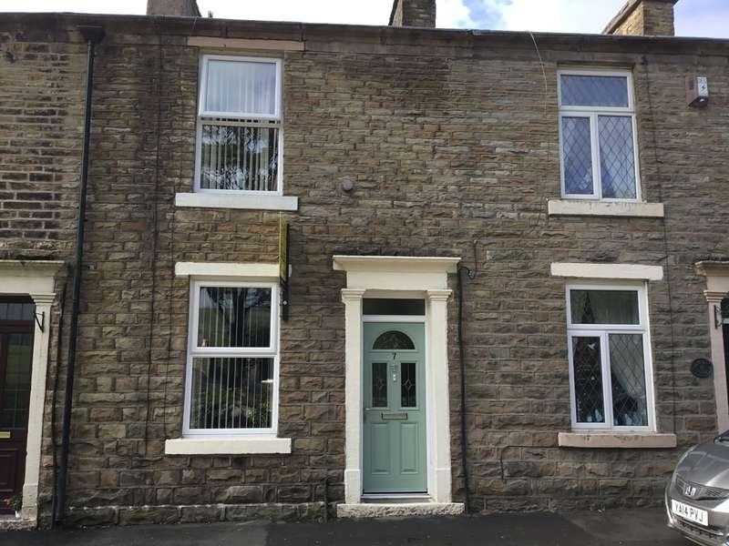 2 Bedrooms Terraced House for sale in Waterside Terrace, Waterside, Darwen