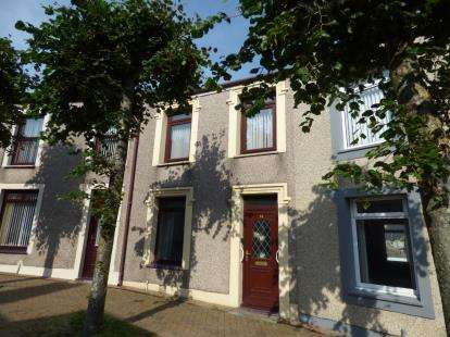 2 Bedrooms Terraced House for sale in Thomas Street, Holyhead, Sir Ynys Mon, LL65