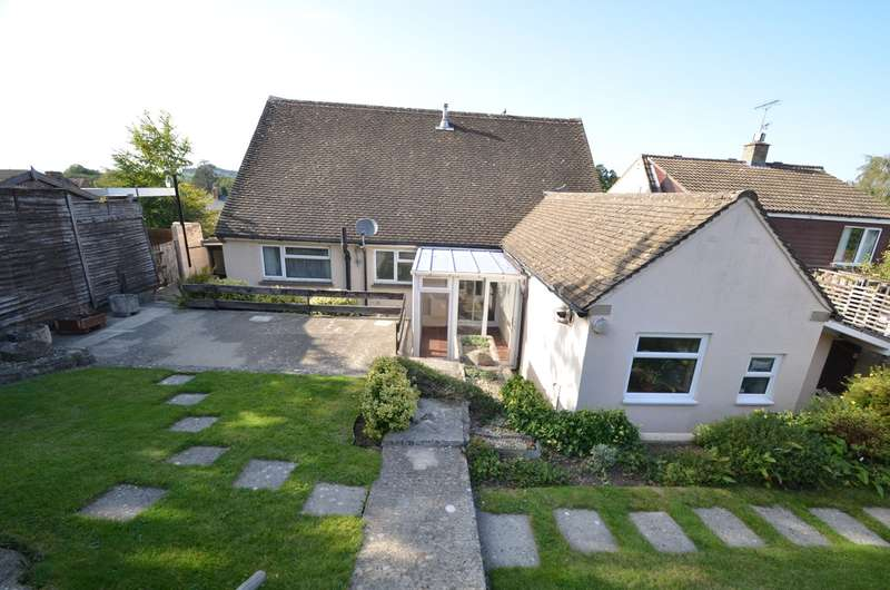 2 Bedrooms Bungalow for sale in Lower Spillmans, Stroud, GL5