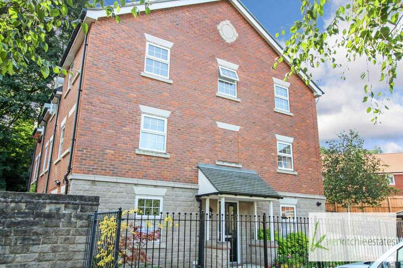 3 Bedrooms Town House for sale in Temple Road, Bolton