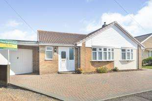 3 Bedrooms Bungalow for sale in Beauxfield, Whitfield, Dover, Kent