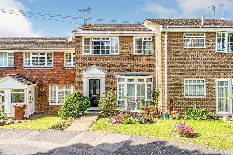 3 Bedrooms House for sale in Mossy Glade, Rainham, Gillingham, Kent, ME8