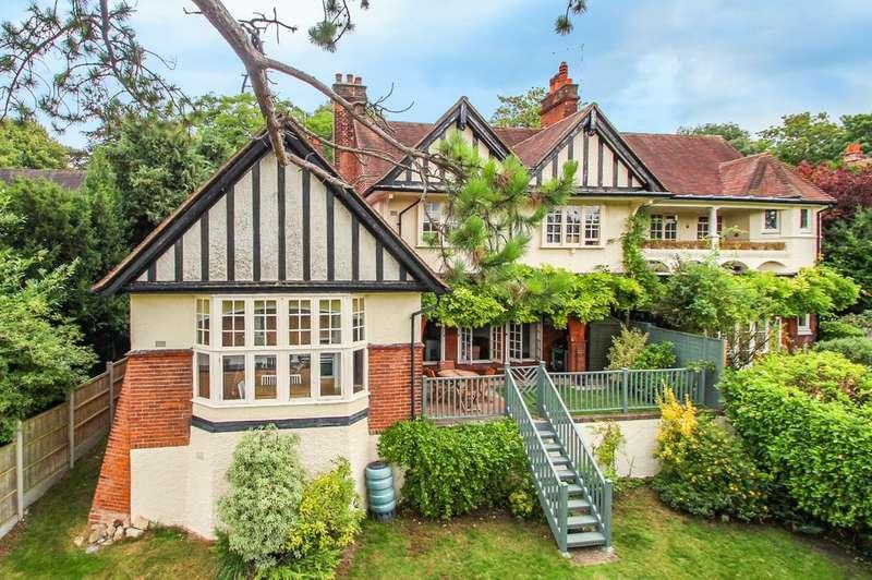 2 Bedrooms Flat for sale in Sanderstead Road, South Croydon