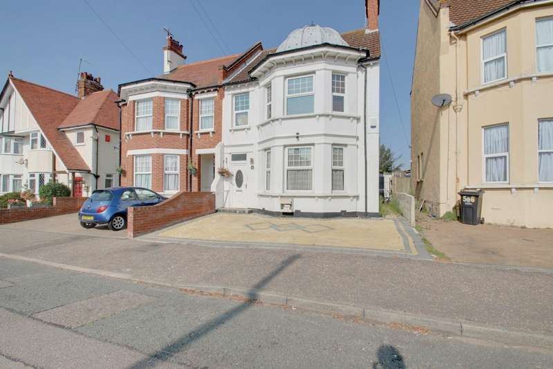 5 Bedrooms Semi Detached House for sale in Freeland Road, Clacton-On-Sea