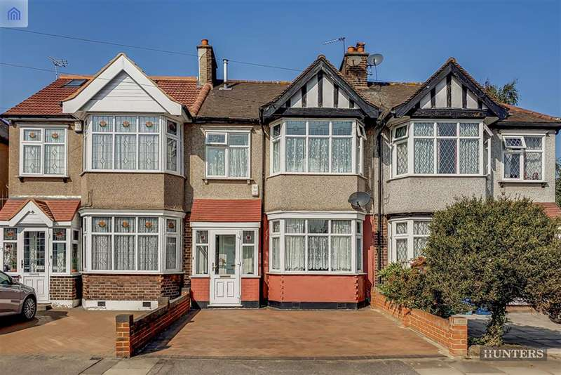 3 Bedrooms Terraced House for sale in Chadwell Avenue, Chadwell Heath, RM6