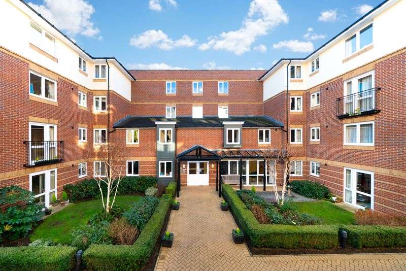 1 Bedroom Property for sale in High Street, Rickmansworth