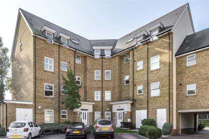2 Bedrooms Flat for sale in Shoreditch House, 9 Wells View Drive, Bromley