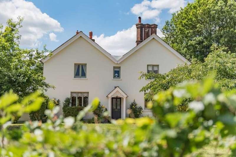 4 Bedrooms Detached House for sale in Novington Lane, East Chiltington
