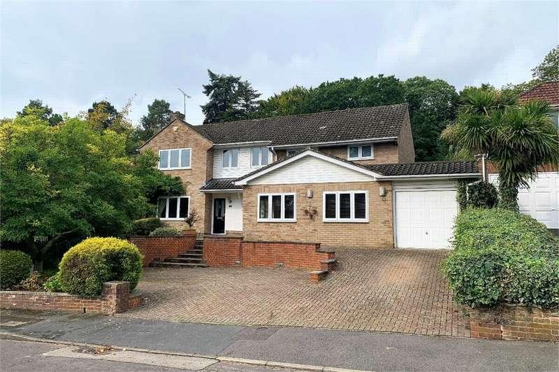 5 Bedrooms Detached House for sale in Elsenwood Crescent, CAMBERLEY, Surrey