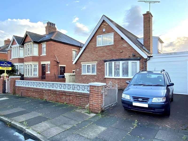 4 Bedrooms Detached Bungalow for sale in Balham Avenue, South Shore, Blackpool