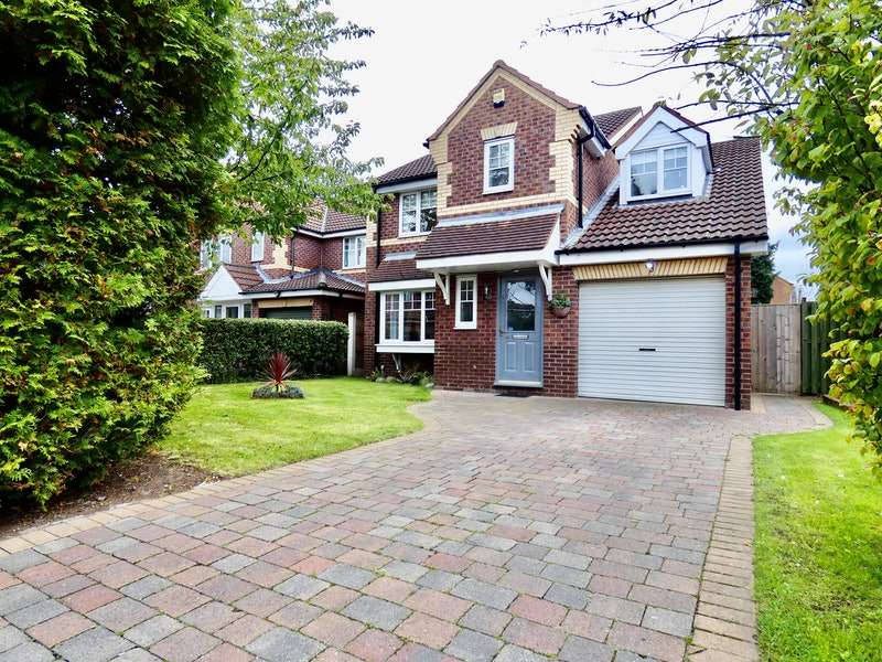 4 Bedrooms Detached House for sale in Turnberry Court, Doncaster, South Yorkshire, DN5
