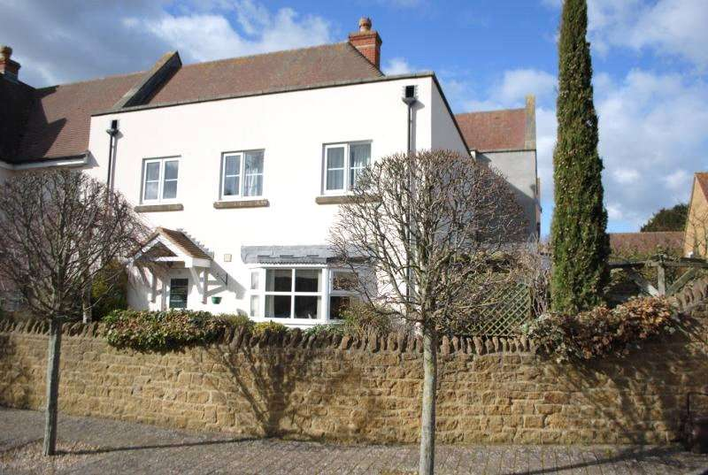 4 Bedrooms House for sale in Joselin Court, Priestlands Lane, Sherborne, Dorset, DT9