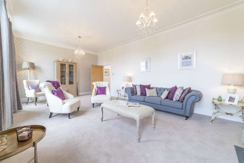 4 Bedrooms Terraced House for sale in Trevethow Riel, Truro