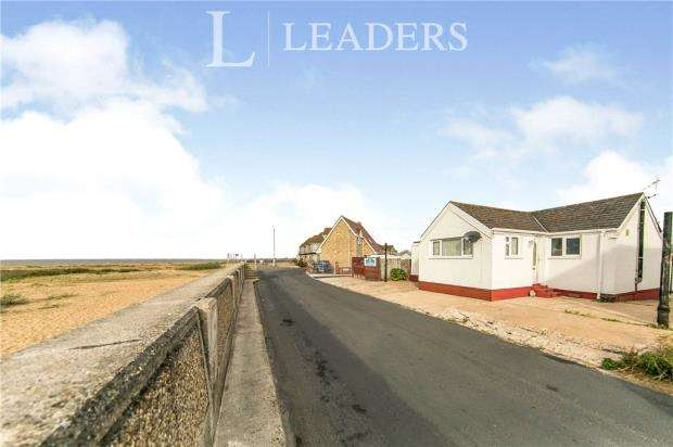 3 Bedrooms Detached Bungalow for sale in Brooklands, Jaywick, Clacton-on-Sea