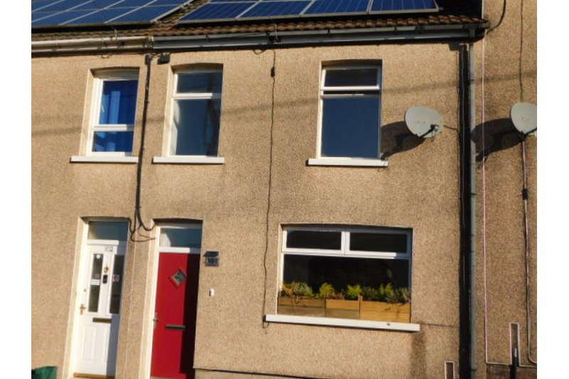 3 Bedrooms Terraced House for sale in Lewis Street, Swffryd, Crumlin
