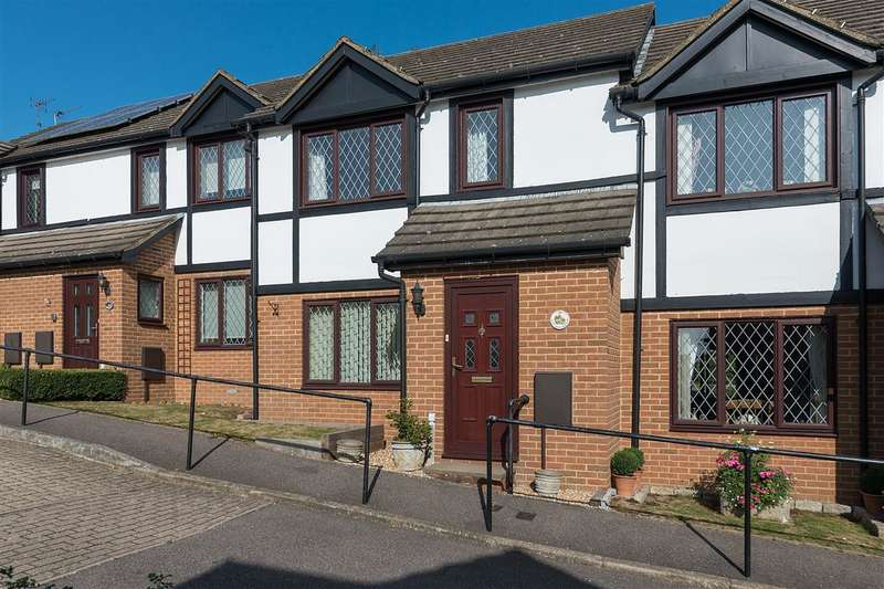 2 Bedrooms Terraced House for sale in Sturry Court Mews, Sturry