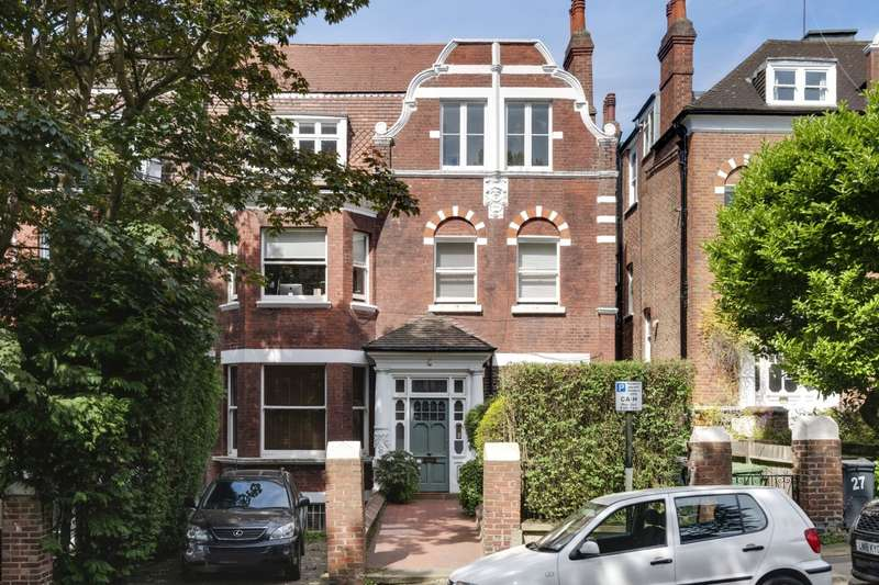 2 Bedrooms Maisonette Flat for sale in Langland Gardens, London, NW3